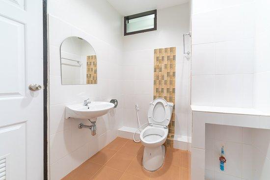 Провинция Мэхонгсон, Таиланд: type 2 bathroom