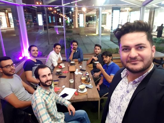 An amazing night with friends, in outdoor area of Cafe Vate