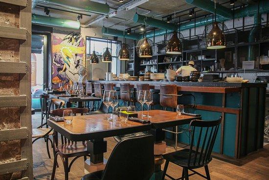 15 Kitchen + Bar