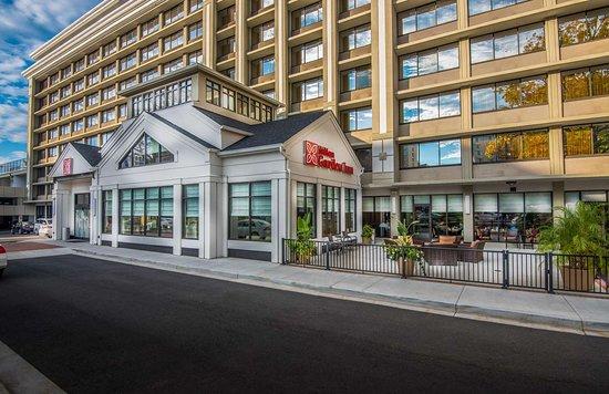 Bed Bugs Stay Away Review Of Hilton Garden Inn Reagan National Airport Hotel Arlington Va Tripadvisor