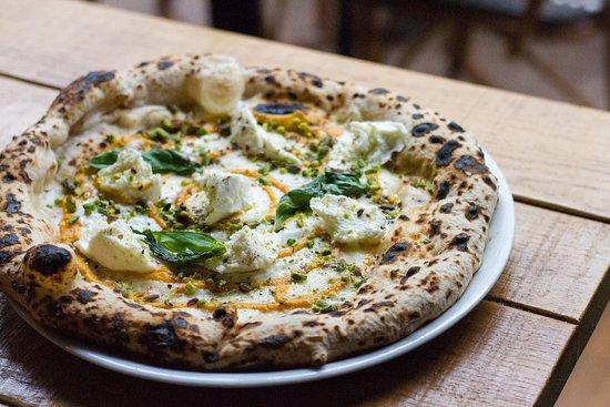 MiTo Levallois - Restaurant italien - pizza - cocktails - pates - antipasti - tiramisu - bio - Naples