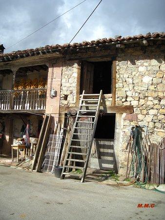 Obeso, España: Escalera para subir al pajar