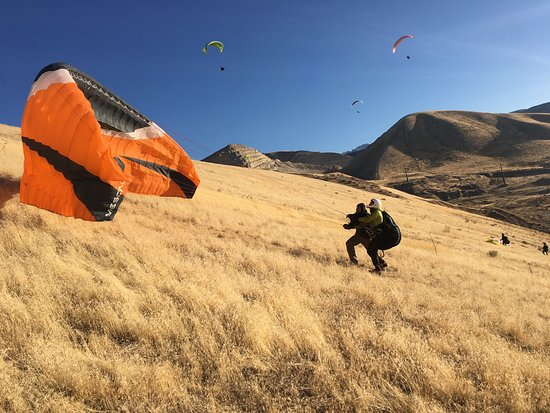 Draper, UT: Jonathan and Hal are great instructors.  They put your mind at ease as you make your way to the skies . Exercising patience time after time . Helping you through each step with a smile .