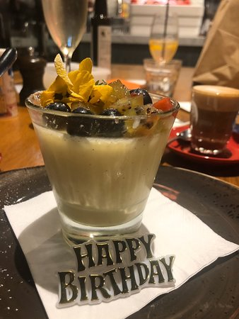 Best pannacotta on the peninsula... along with the pizza , pasta , & staff .... favourite restaurant to go to when in mood for good italian food ... which is my everyday mood 🥳