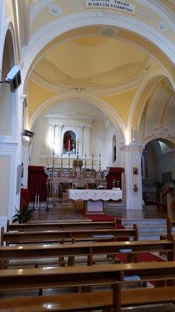 Pietraroja, Italy: Such a beautiful little church!