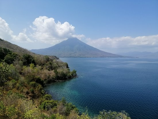 Larantuka, Indonesië: Adonara mountain