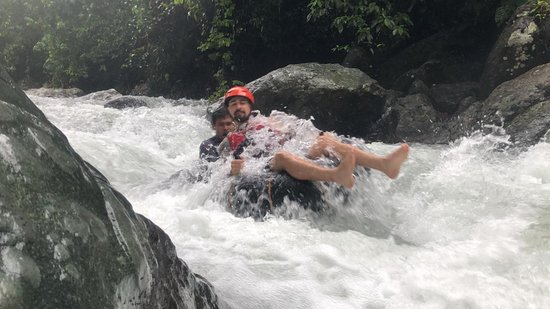 Maitum, Filipini: Keeping afloat