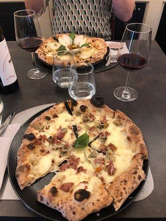 Pizza Caravelle - Picture of 1000 Gourmet, Venice - Tripadvisor