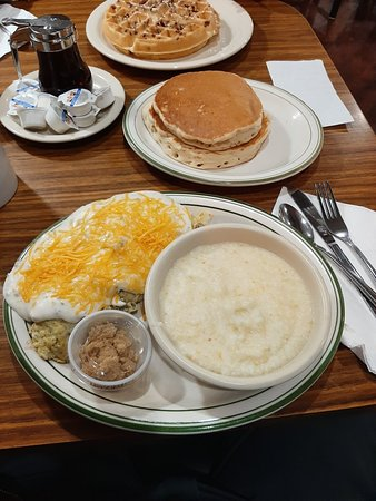 Markle, IN: Country omelet, great eats