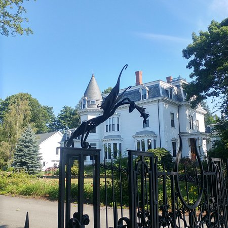 Stephen King S House Bangor 2019 All You Need To Know