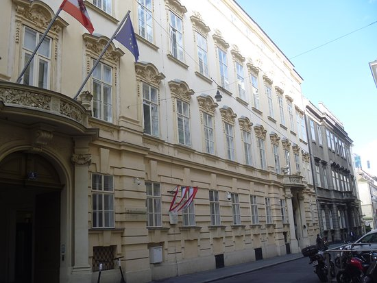 Palais Questenberg-Kaunitz