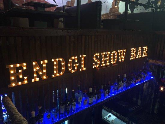 Endgi Show Bar