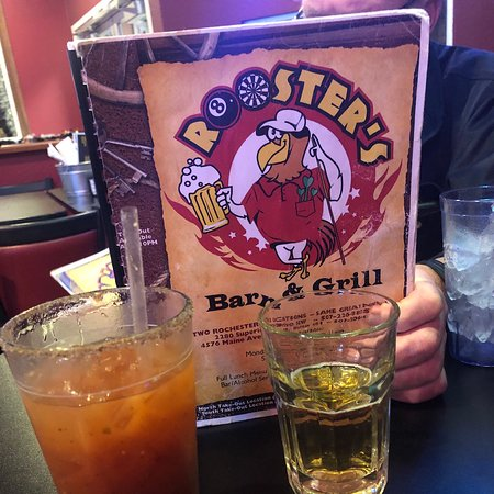 Valokuva: Rooster's Barn and Grill