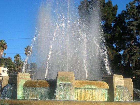 Mulholland Memorial Fountain