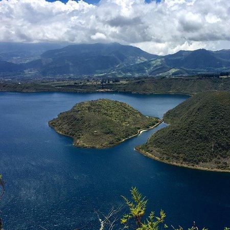 Laguna Cuicocha, Equador: Cuicocha lindo paseo rodear toda la Laguna 14km de hermoso paisaje.Es recomendable llevar hidratación.