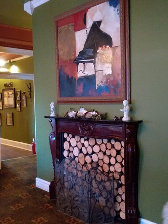 West Milton, OH: Fireplace in Victoria Room