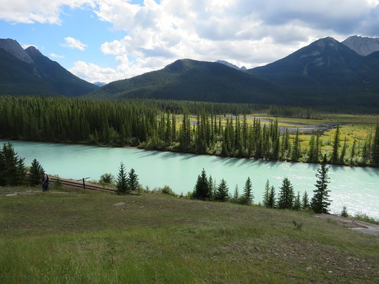 bow valley parkway  banff