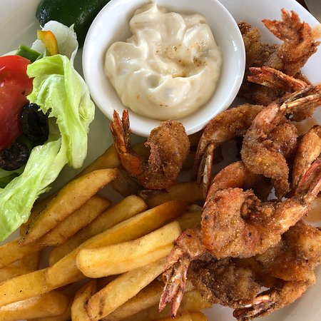 Lae, Papouasie-Nouvelle-Guinée : Prawn Cutlets and Chips