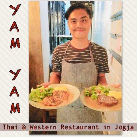 Chicken Steak and Tenderloin Beef Steak at YAM YAM Thai & Western Restaurant Yogyakarta  #foodpotography #instafood #kulinerjogja #jogjacarimakan #jogjafoodhunter #jogjacurinary #thebestintown #jogja24jam #prawirotaman #makanenakjogja #makanjogja #restaurantjogja #restaurantyogyakarta #thairestaurantjogja #thairestaurantyogyakarta #makananthailandjogja #yamyamrestaurantjogja #yamyamjogja #yamyamyogyakarta #thaifoodjogja #yogyakuliner#vegetarianJogja #glutenfreejogja