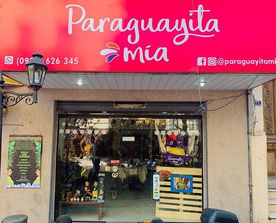 Paraguayita Mia
