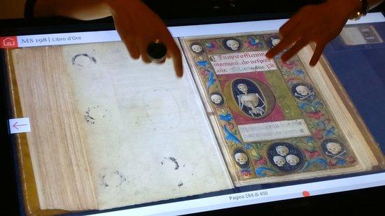 Biblioteca Guarneriana: Il piccolo Libro d'Ore del XV secolo.