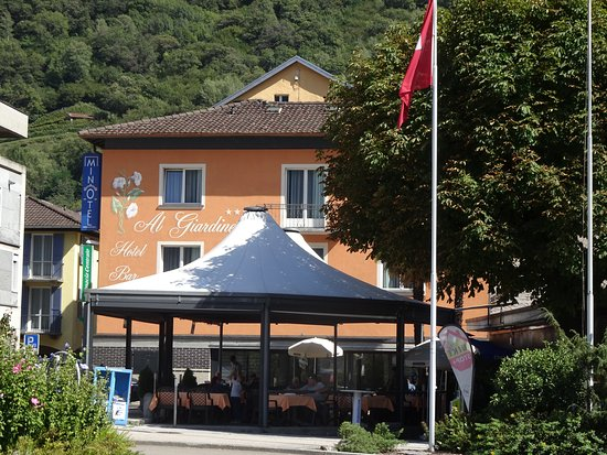Biasca, Schweiz: Ligging van het terras
