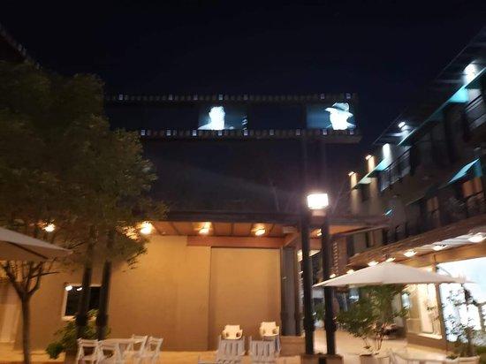 Plaza Mall