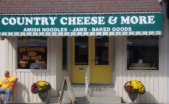 Arthur, IL: Country Cheese & More