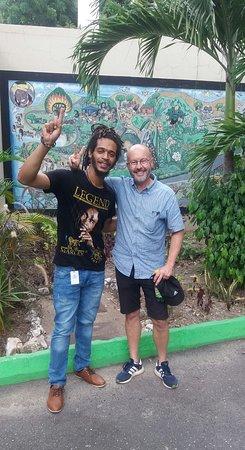 Imagen de Entrada para el Museo Bob Marley