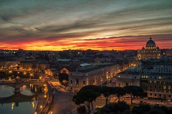 Tour panoramico privato a Roma di notte