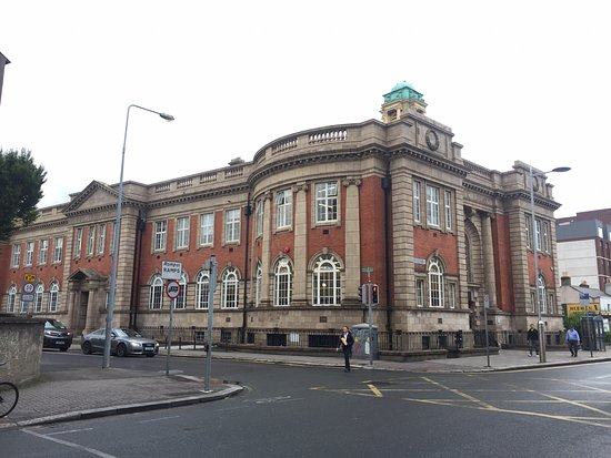 ‪Rathmines Library‬