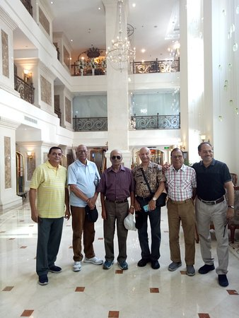 Hanoi Grand Hotel: Indian Army Veterans Group with the Ex VCOAS Lt Gen Aryal of Nepal Army at Hotel Grand Hanoi