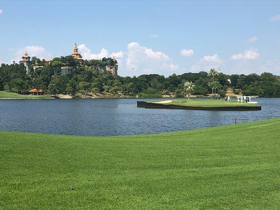 Golf Tour -   Az-Information