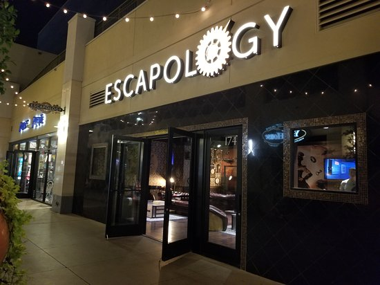 Escapology Las Vegas Town Square