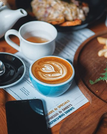 Set the MOOD right to start the week ☺️🌈. A good cup of COFFEE ☕ would definitely do the work! Grab yours after a wonderful lunch or dinner at Recolta Bali! And enjoy the mangrove view in one of instagramable coffee shops in Bali! . . . . . . #Recoltabali #recoltacafe #recoltaexperience #balicafe #coffeegram #coffeelovers   Bali Cafe