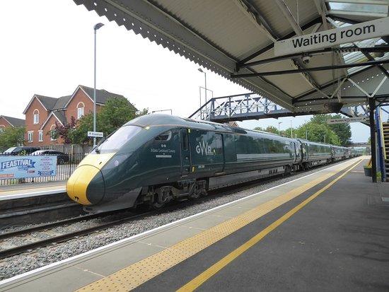 Evesham Railway Station