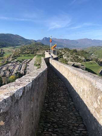The ramparts, facing west
