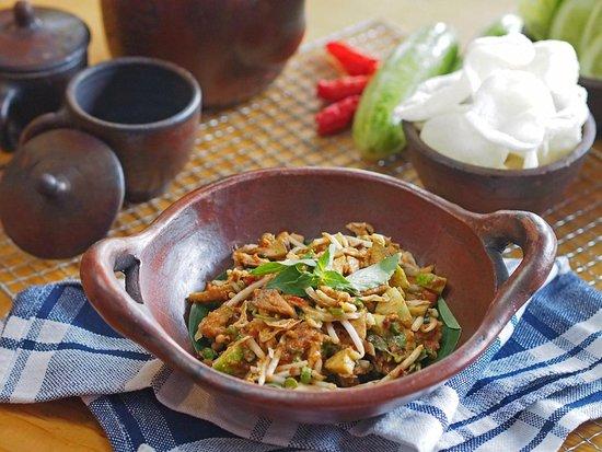 Love for our Karedok, Yummy! - Picture of Nirmala Indonesian Restaurant,  Tangerang - Tripadvisor