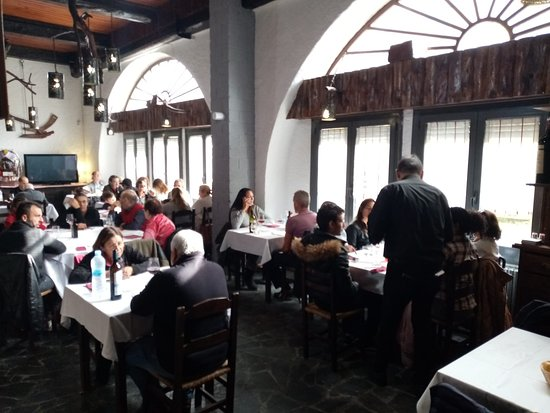 Pont d'Arrós, España: donde puesde comer menu desde 12 eu