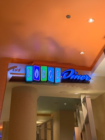the lodge diner motor city casino