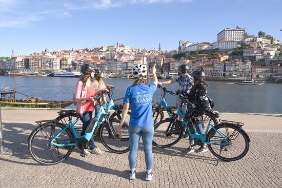 ‪Bluedragon Porto City Tours‬