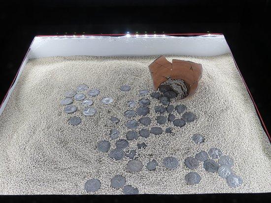 Caltavuturo, Italia: Monete