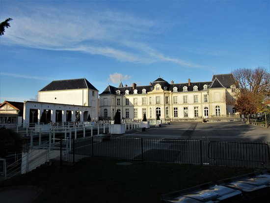 Chateau de Bry