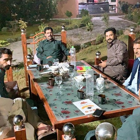 Jhelum, פקיסטן: Ch maroof, and friends form azad kashmir!!!! Form Khewra ! Malik Junaid ali , qaisar Malik , Saptain malik (maswal) israr