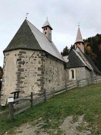 Barbiano, Италия: Tre Chiese (Dreikircken): le tre chiese