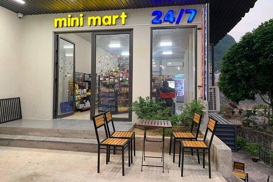 Mini Mart 24/7