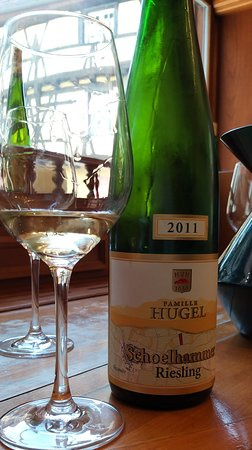 Basel Kantonu, İsviçre: Taste one of the very best Rieslings ever on our wine tour to Riquewihr with wineweinvinovin