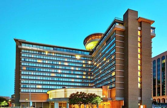 Bed Bugs Good Service Review Of Doubletree By Hilton Washington Dc Crystal City Arlington Va Tripadvisor