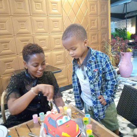 Dodoma Region, แทนซาเนีย: Birthday events .. just appropriate for ur family