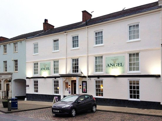Review Good Christmas Lunch Angel Hotel Market